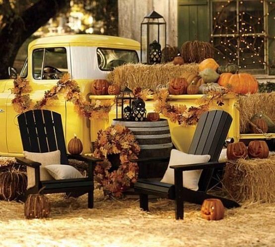 Classy Outdoor Halloween Party Ideas