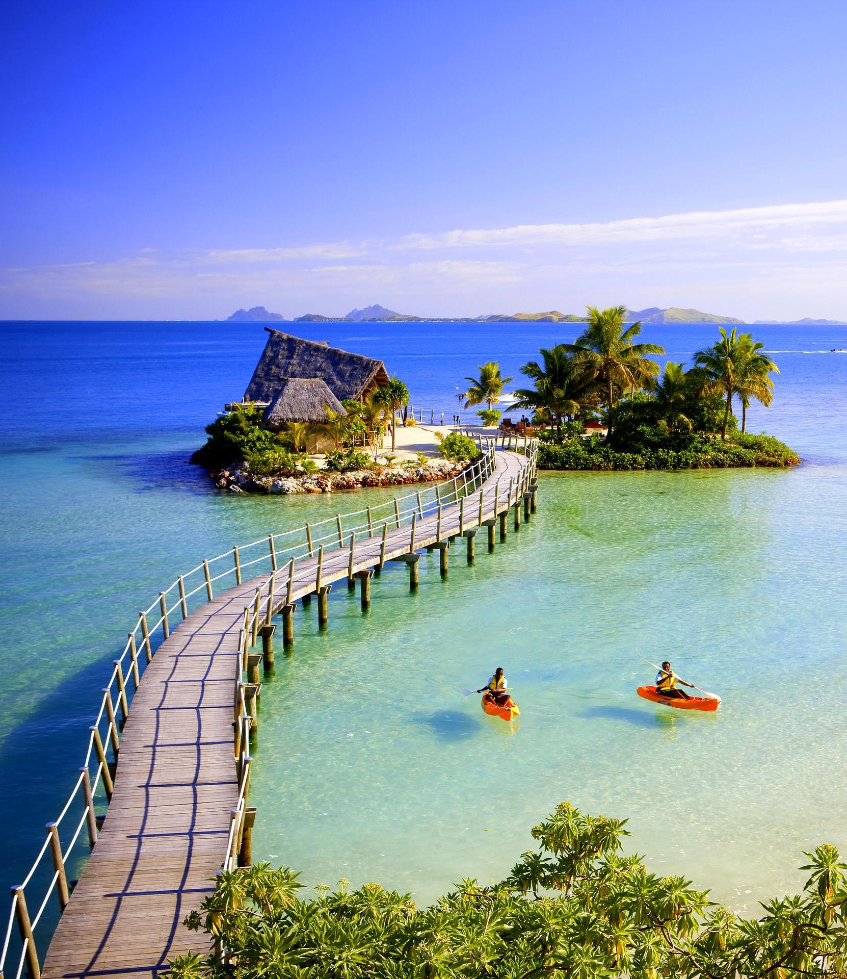 Tropical Island: 11 Awesome Tropical Islands To Travel Now