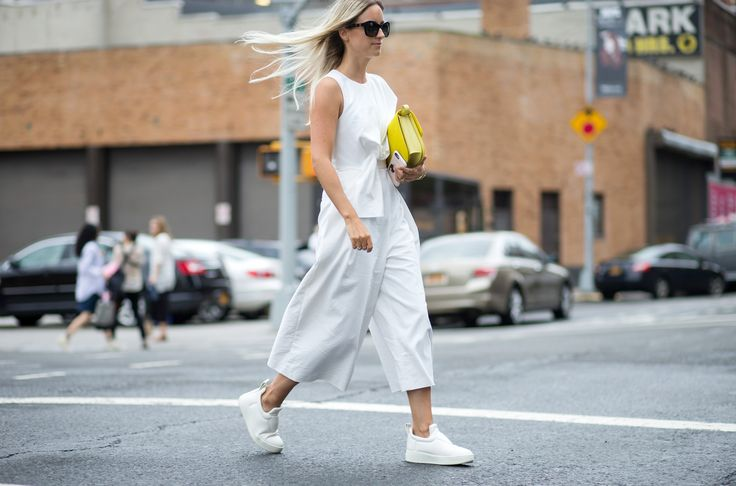 11 Awesome Ways To Wear Sneakers With Street Style