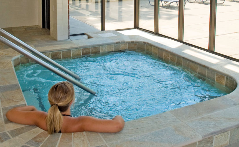 11 Awesome Jacuzzi Pools For Your Home