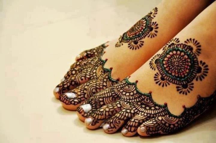 11 Awesome And Elegant Henna Tattoo Ideas
