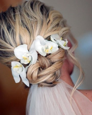 Messy Twisted Updo Blond Hair For Beach Wedding Hairstyles