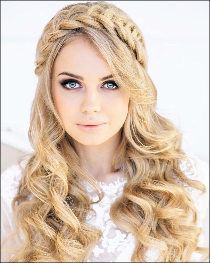 Cute Long Hairstyle For Wedding