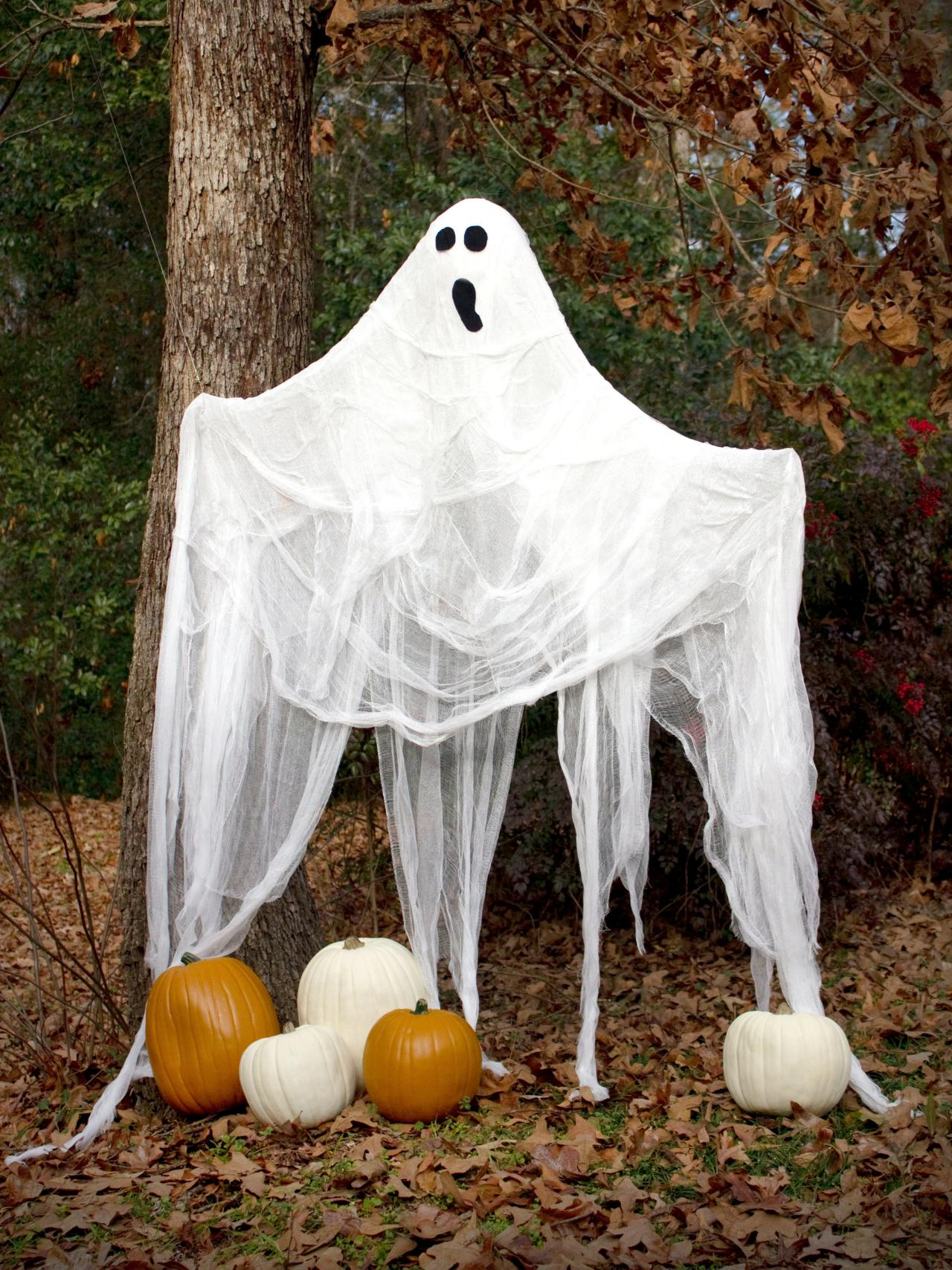 Outdoor Ghost Halloween Decorations