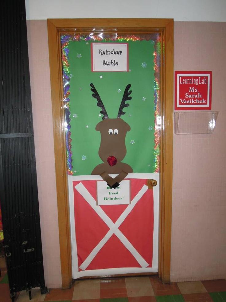 cute-christmas-door-decorations