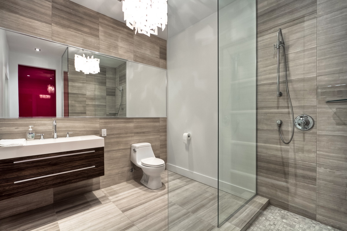 11 awesome modern bathrooms with glass showers ideas. Black Bedroom Furniture Sets. Home Design Ideas