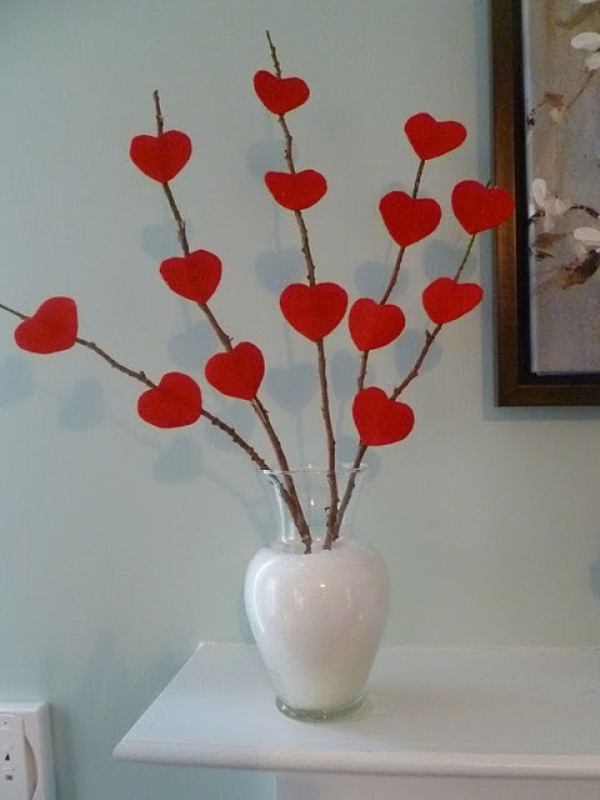 11 awesome and coolest diy valentines decorations for Decorate for valentines day