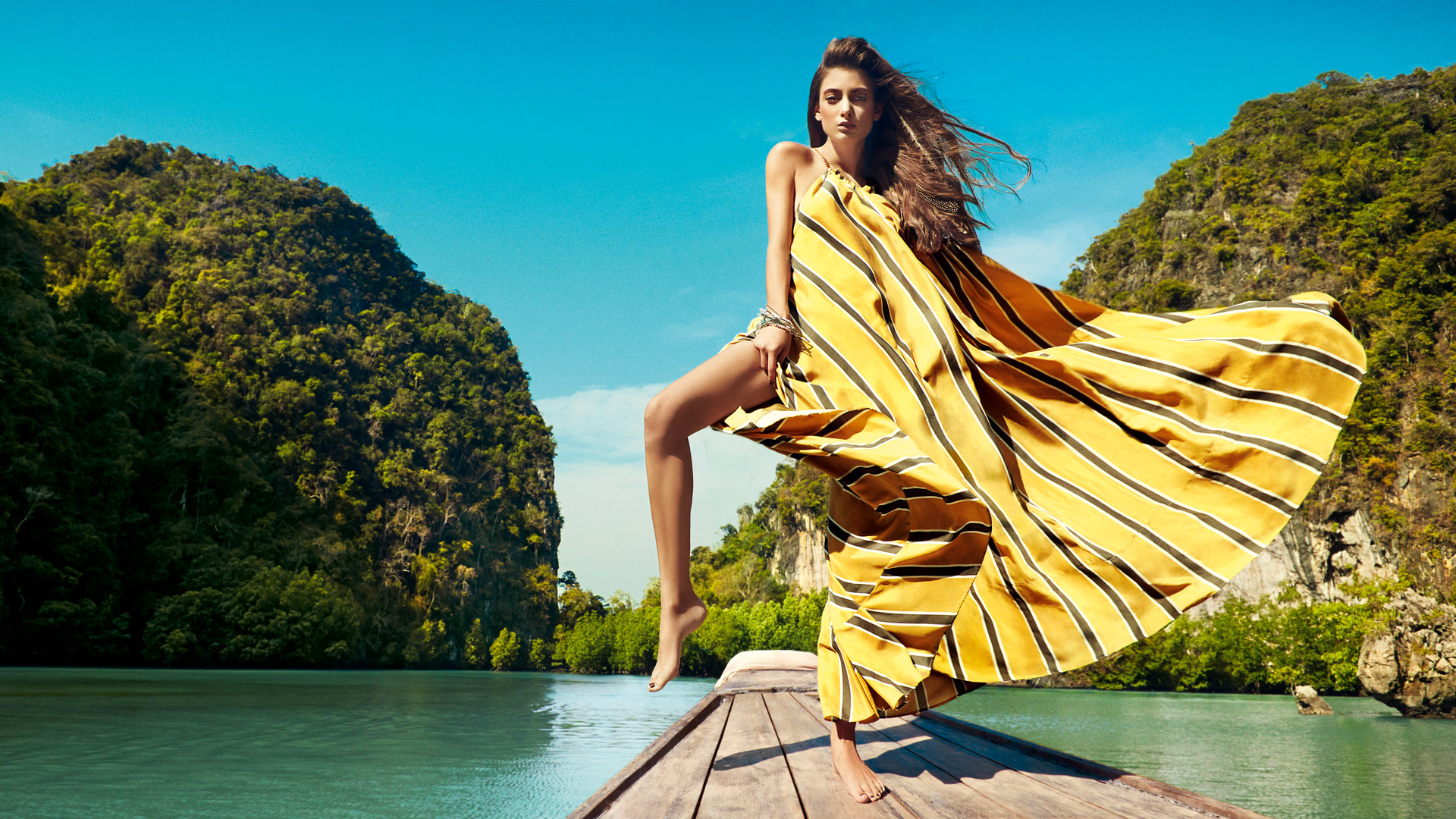 11 Awesome Maxi Dresses and Skirts