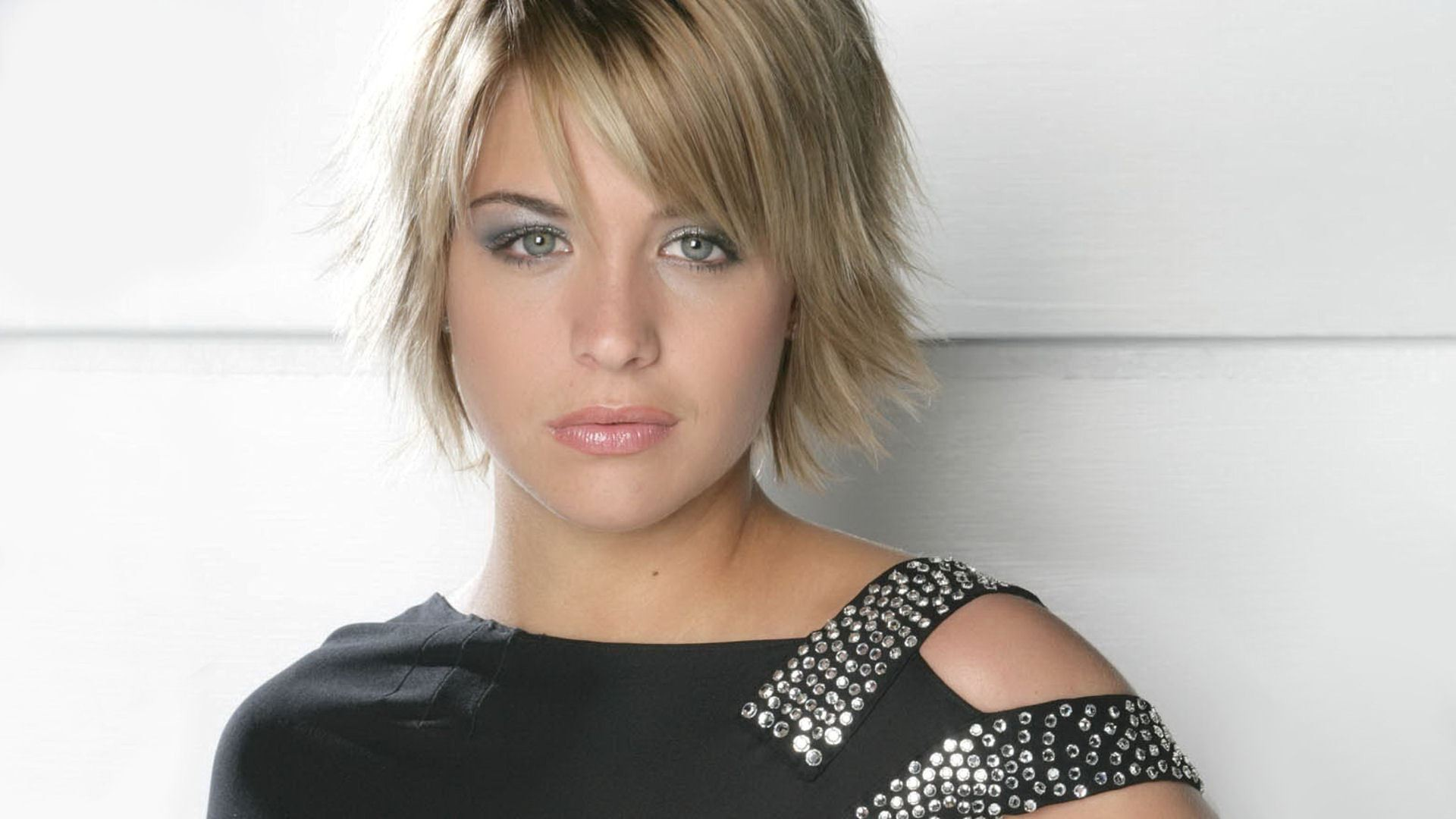 11 Awesome And Hottest Short Hairstyles For Women